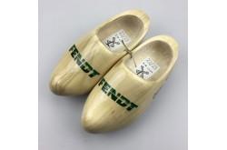 Geboorteklompjes met trekkerlogo schoenmaat 24