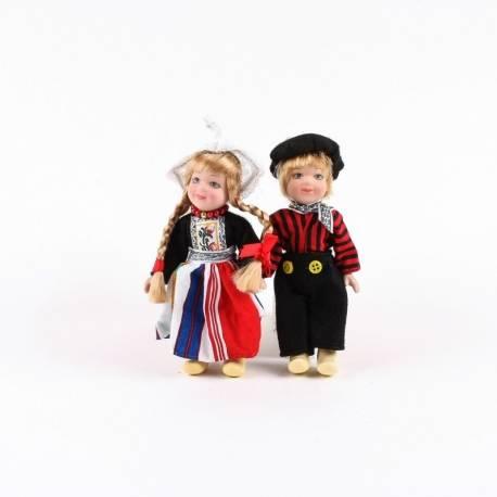 Volendams paartje in klederdracht 12 cm