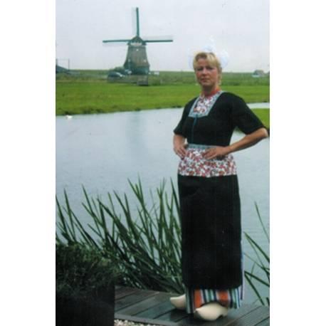 Klederdracht Volendam Vrouw Boezel