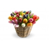 50 Tulpen in een rieten mand