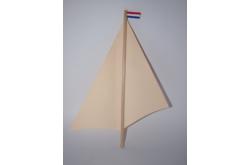 Mast met zeilen + r/w/b vlaggetje in top
